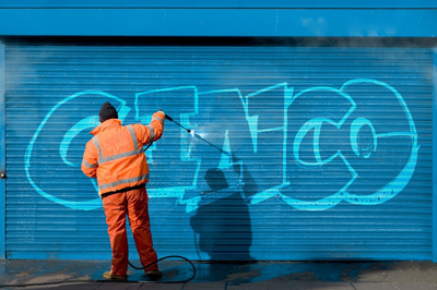 Cleaning Graffiti with C-inco